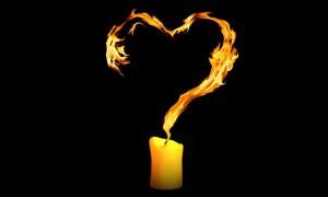 4 candle flame heart 300x180 Ритуалы на любовь и замужество