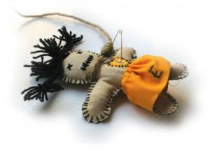 voodoo doll 3 300x216 Таинственные куклы Вуду